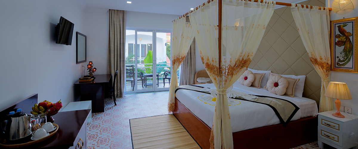 Premier Villa Double Room with Garden View
